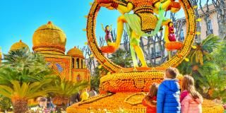 The Hôtel Menton Méditerranée in the heart of the Lemon Festival action!